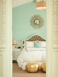 wall decor ideas green