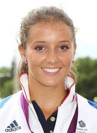 Re: Laura Robson. Sun Sep 23, 2012 9:55 am. Lost in three sets in final - Laura-Robson-continues-to-prosper-on-the-WTA-Tour-Tennis-News-189057