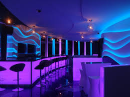 1000 images about creative restaurant lighting on pinterest restaurant lighting bar lighting and restaurant design bar lighting ideas