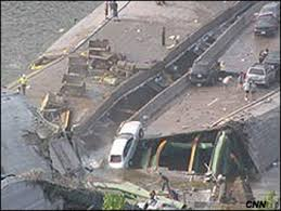 「minneapolis bridge collapse」の画像検索結果