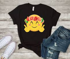 Smiley Hippie <b>Flower</b> Child Emoji <b>Cute Funny</b> T-Shirt