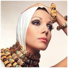 Ivana Bastianello, jewelry by Coppola e Toppo, photo by Gian Paolo Barbieri. PHOTO Gian Paolo Barbieri - ivana-bastianello-jewelry-by-coppola-e-toppo-photo-by-gian-paolo-barbieri