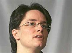 Ems-Chefin Magdalena Martullo-Blocher. Anzeige. Solutions for orphan diseases. - 95246-martullo-blocher