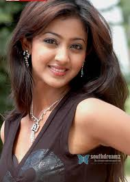 hot actress aindrita ray pictures 04. 09. December 2008 by palPalani - hot-actress-aindrita-ray-pictures-04_720_southdreamz