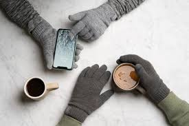 Best <b>Touchscreen Winter</b> Gloves 2020 | Reviews by Wirecutter