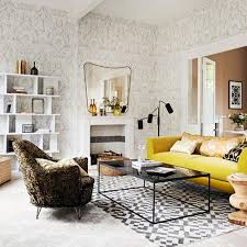 30 elegant and chic living rooms with damask wallpaper chic yellow living room
