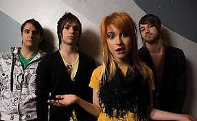 <b>Paramore</b>: <b>RIOT</b>! - NME