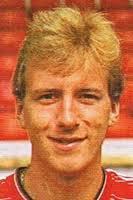 Neil Simpson - Season 1984-85 - 1984-85_Simpson