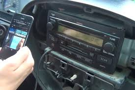 bluetooth and iphone ipod aux kits for toyota tundra 2003 2006 toyota tundra 2003 2006 iphone aux kit