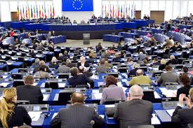 Депутати Євросоюзу наполягають на пропаганді гомосексуалізму українським дітям