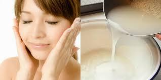 Hasil gambar untuk manfaat air cucian beras untuk kulit wajah