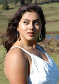Namitha Kapoor Top Less Pictures. Is this Namitha Kapoor the Actor? Share your thoughts on this image? - namitha-kapoor-top-less-pictures-1125452815
