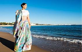 Sonam Kapoor is <b>making Cannes</b> look more beautiful than ever ...