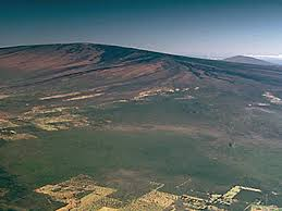 violent hawaii  photo essay volcanoes in hawaii and beyond  mauna loa mauna loa hawaiis mauna loa is the largest active volcano on earth it towers nearly  feet above the much smaller kilauea volcano