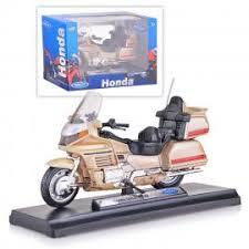 <b>Модель мотоцикла Welly</b> Honda Gold Wing, 1:18 12148P купить ...