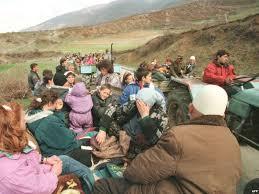 Image result for shperngulja e shqiptareve gjate luftes 1998-1999