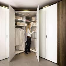 <b>Гардеробная встроенные шкафы</b>, материалы изготовления и ...