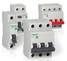 <b>Автоматические выключатели Schneider Electric</b>: автоматы, УЗО ...
