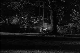 Resultado de imagem para imagens de casais sentados