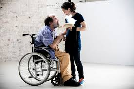 a wise man s art twelfth night and cross mobility casting keith robinson and lucia mastrantone rehearsing for twelfth night brett boardman belvoir st theatre