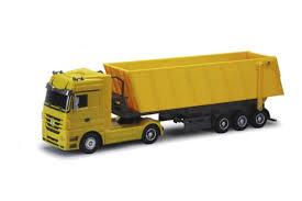 QY1101C-Y <b>QY Toys Радиоуправляемый грузовик</b> Mercedes-Benz ...
