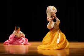 photo essay korean wave  campus news  uw la crosse the seojung dance company from south korea performed quotkorean wave  globalization of korean traditional culture quot in anett recital hall and the brian