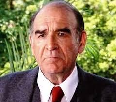 <b>Robert Brown</b> war ein britischer Schauspieler. Er spielte die Rolle als M in <b>...</b> - Robert_Brown