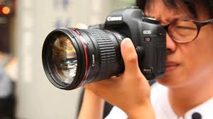 <b>Canon 135mm f</b>/<b>2 L</b> - the Lord of the Red Rings? - YouTube