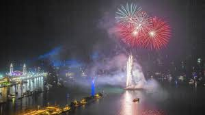 5 things to know about the Navy Pier fireworks show - Chicago Tribune