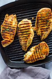 How to <b>Grill</b> Chicken on Stove-Top (Easy <b>Grill Pan</b> Method) | Gimme ...