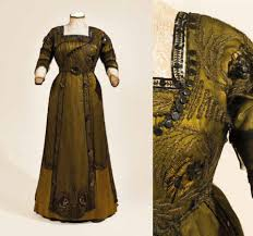 essay encounters the historic fashion dom evening dress 1910 12 silk satin and silk net embroidery collection manchester city galleries 1940 456