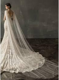 One-tier <b>Cut Edge</b> Chapel <b>Bridal Veils</b> With Rhinestones ...