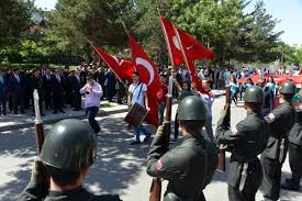 Atatürk'ün Erzurum'a gelişinin 98'nci yıldönümü kutlandı