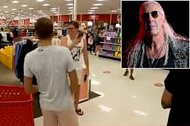 Dee Snider rips 'moronic' maskless mob using <b>Twisted Sister</b> hit