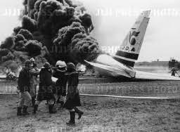 「1993年 - 日本エアシステム451便着陸失敗事故」の画像検索結果