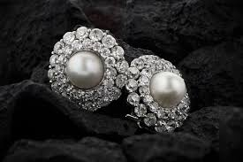 How to Shop for <b>Freshwater Natural Pearls</b> - Estate Diamond Jewelry