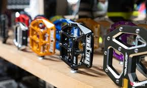 <b>Bicycle Pedals</b> Buyers Guide: Everything to Know to Get Started