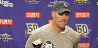 brett favre is latest ex nfl player to say he has memory loss photo brett favre talks at a post game press conference after a 13 20