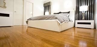 Sàn gỗ tự nhiên cho phòng ngủ ấm cúng
