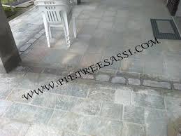 Zoccolo Esterno In Pietra : Marciapiede in pietra di luserna pietreesassi