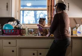 flint water crisis a visual essay living lead detroit ivory gipson 44 of flint washes her daughter marlana bowen 3 in the sink of their home in 2016 she s a water baby she loves water