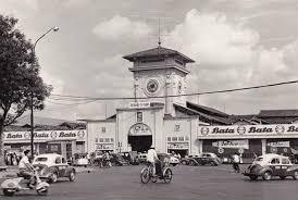 Image result for chợ bến thành xưa