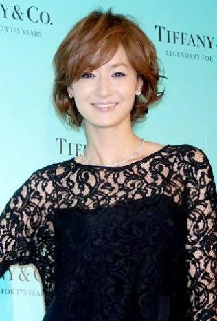 ドレスの富岡佳子