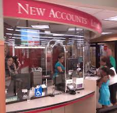wells fargo bank of lakewood ca discriminates customer denies lakewood ca wells fargo manager calling police