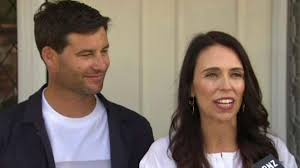 New Zealand's 'first bloke' Clarke Gayford fights off <b>angry shark</b> with ...