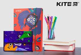 Какие <b>папки</b> нужны в школу | mykite.com.ru