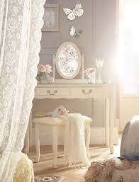 vintage inspired bedroom furniture 1000 ideas about vintage style bedrooms on pinterest painting creative antique inspired furniture