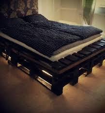 bed off pallet building diy furniture bedroom build your own bedroom furniture