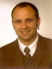 Dr. Andreas Koch. Department für Geo- und Umweltwissenschaften. Sektion Geographie. Ludwig-Maximilians-Universität München (LMU). Luisenstraße 37 - image001