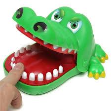 1Pcs <b>Hot</b> Sale Small <b>Size</b> Plastic Popular <b>Crocodile Big</b> Mouth ...